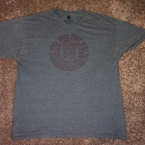 Men's element t-shirt.